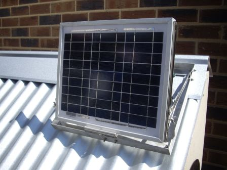 Solar panel with adjustable mounting frame